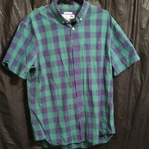 Old Navy green & blue plaid button up shirt